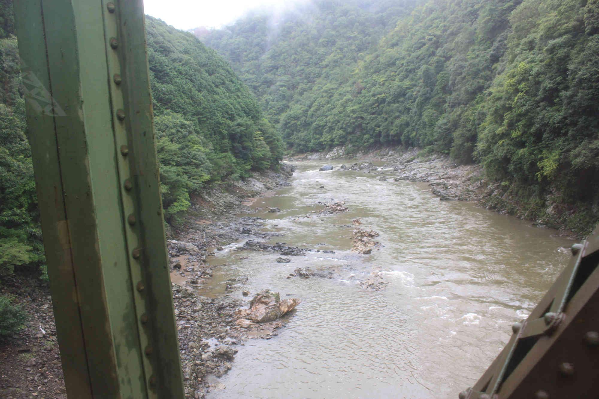 トロッコ列車 保津峡からの写真