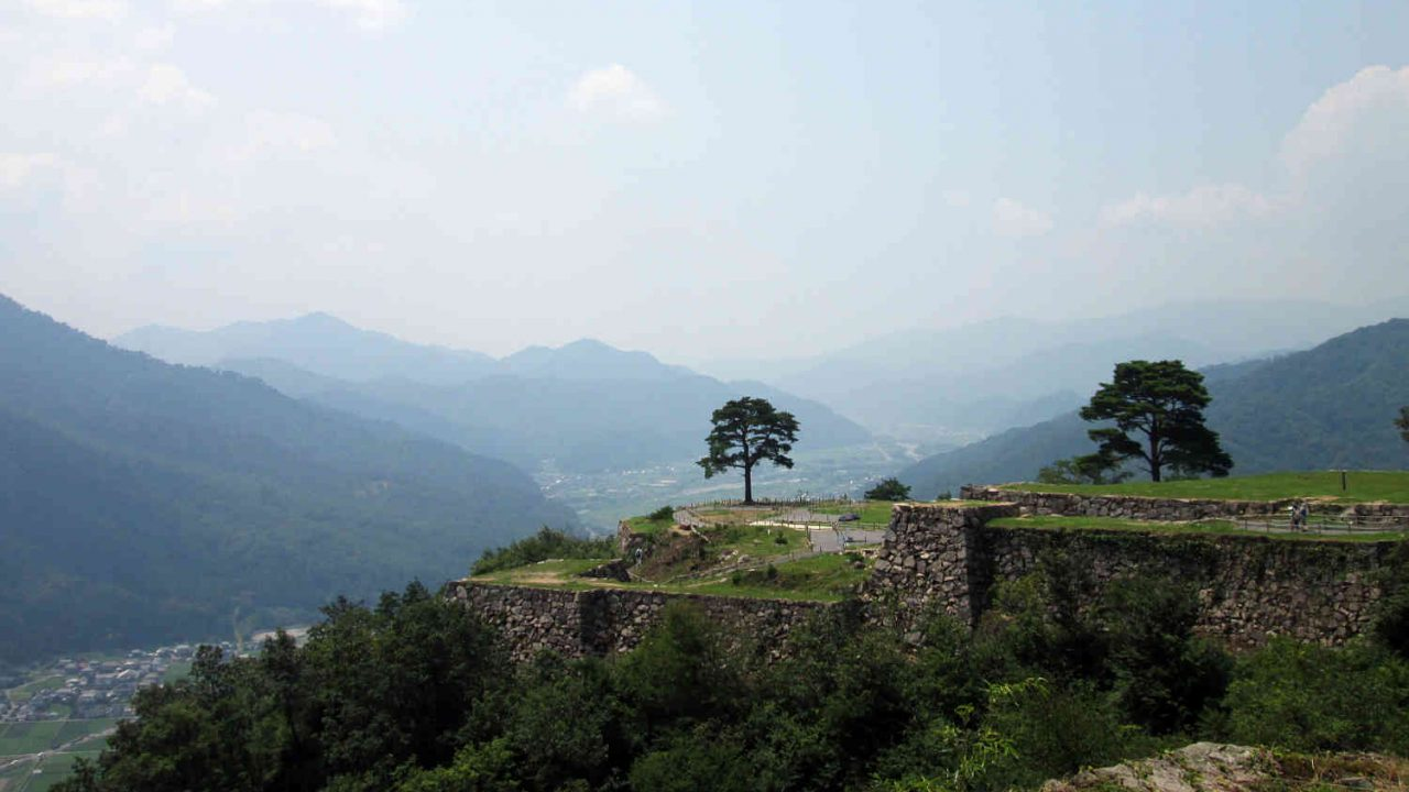 天空の城「竹田城」
