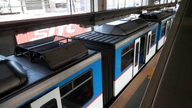 フィリピン マニラ 電車