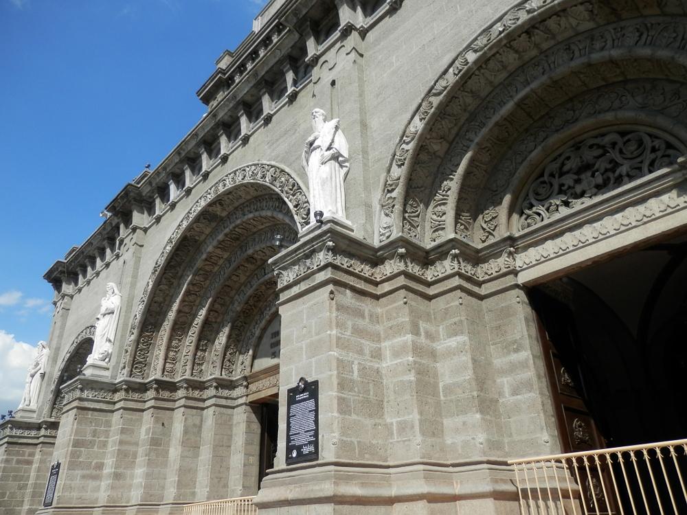 マニラ大聖堂(カテドラル大聖堂)外観