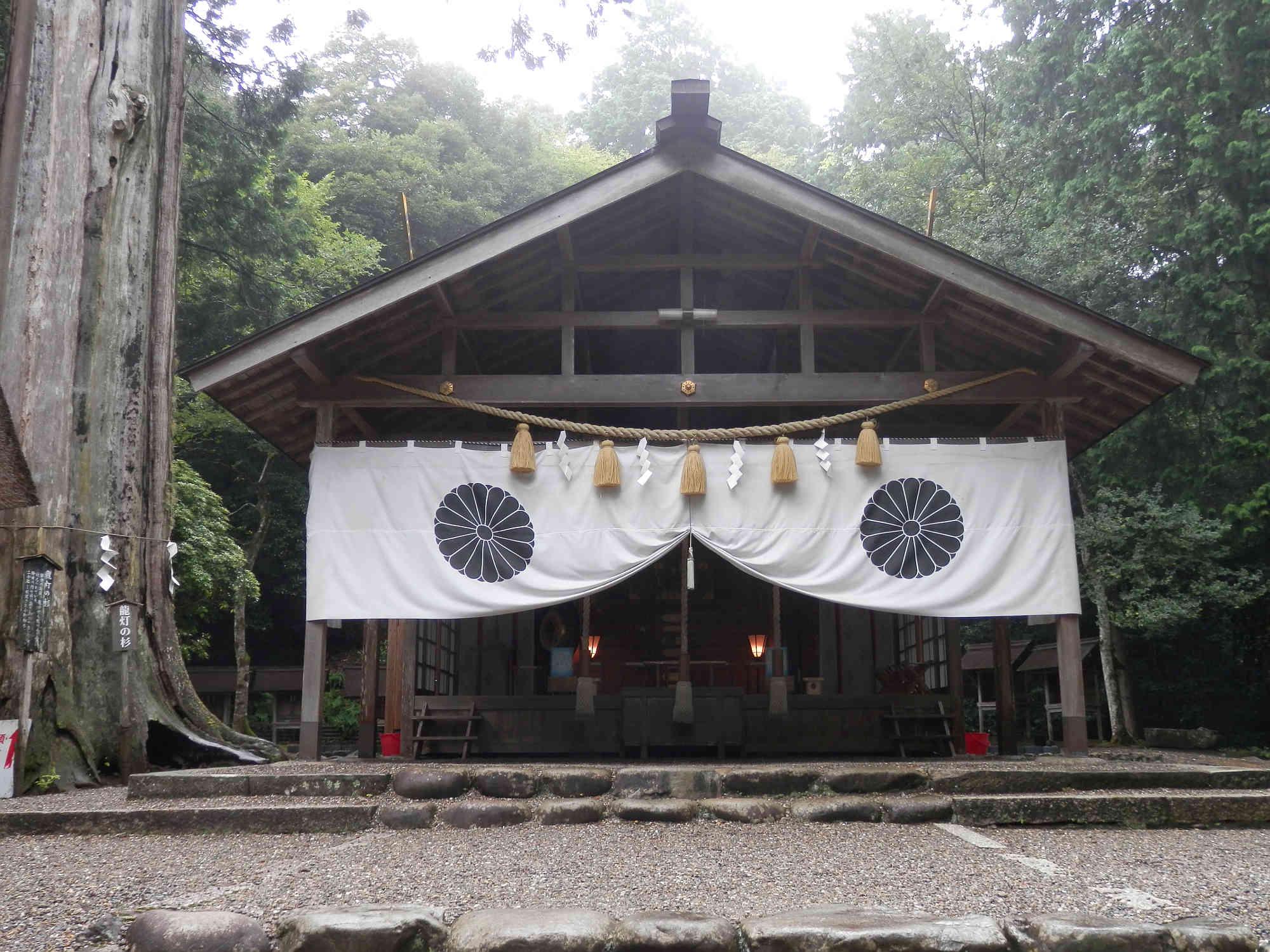 皇大神社の本殿