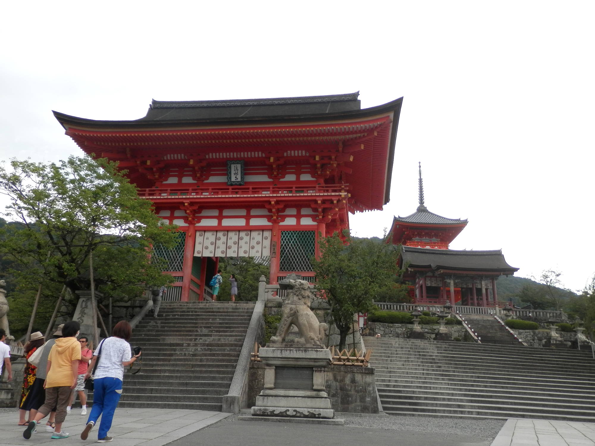 清水寺 入り口