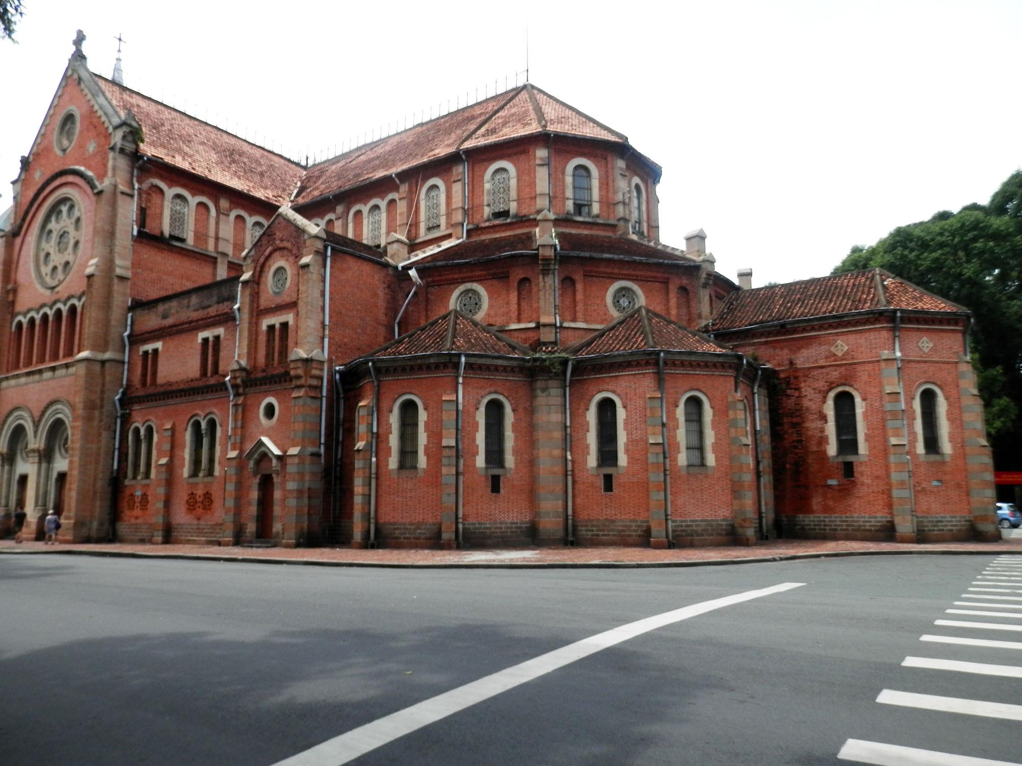 サイゴン大教会の外観