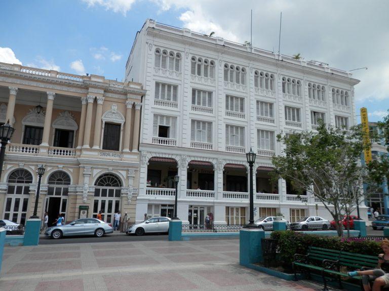 セスペデス広場