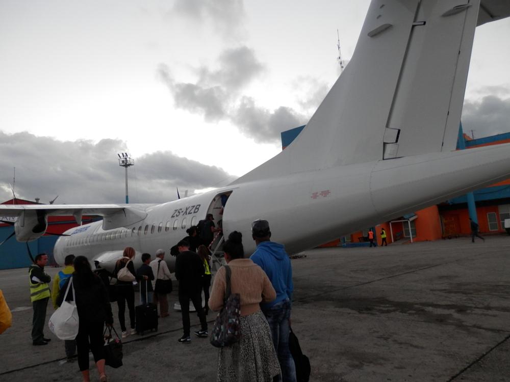 ハバナ 出発前の飛行機