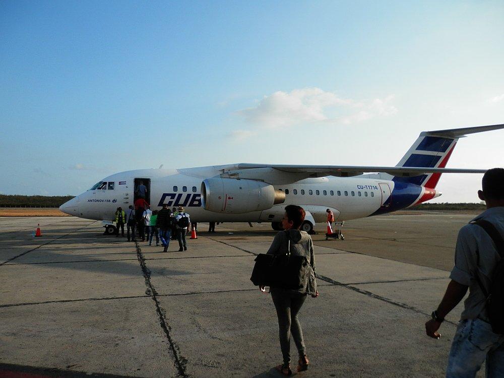 ハバナ行きの飛行機