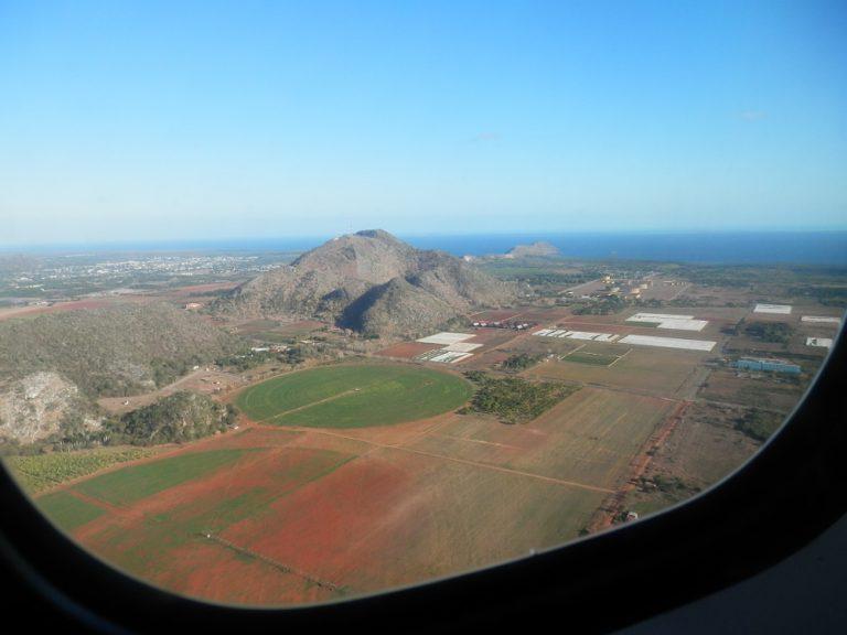フベントゥド島(青年の島) 飛行機からの景色