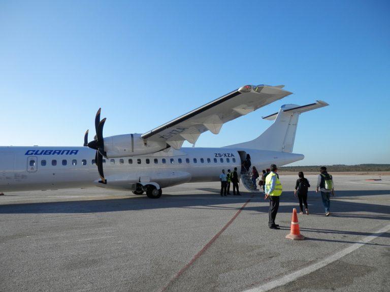 フベントゥド島(青年の島) 飛行機