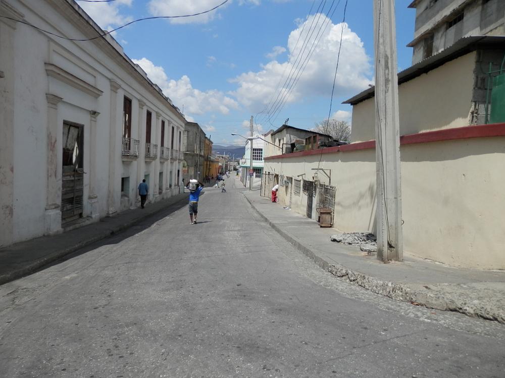 サンティアゴ・デ・クーバの路地裏