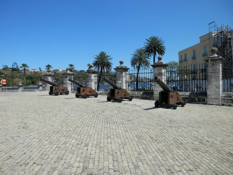 ハバナ フエルサ要塞 小さな大砲