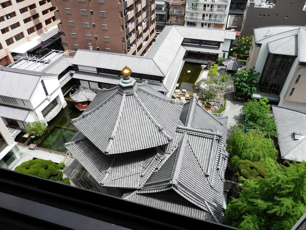 六角堂 六角形の屋根