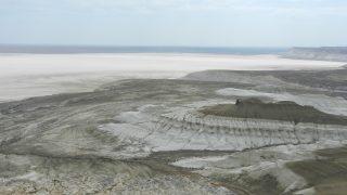 カザフスタン トズバイル塩湖
