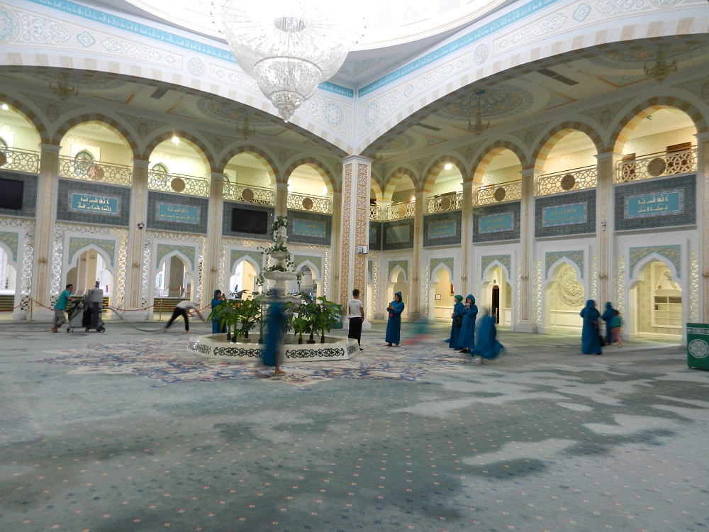 ハズィレット・スルタン・モスクの中