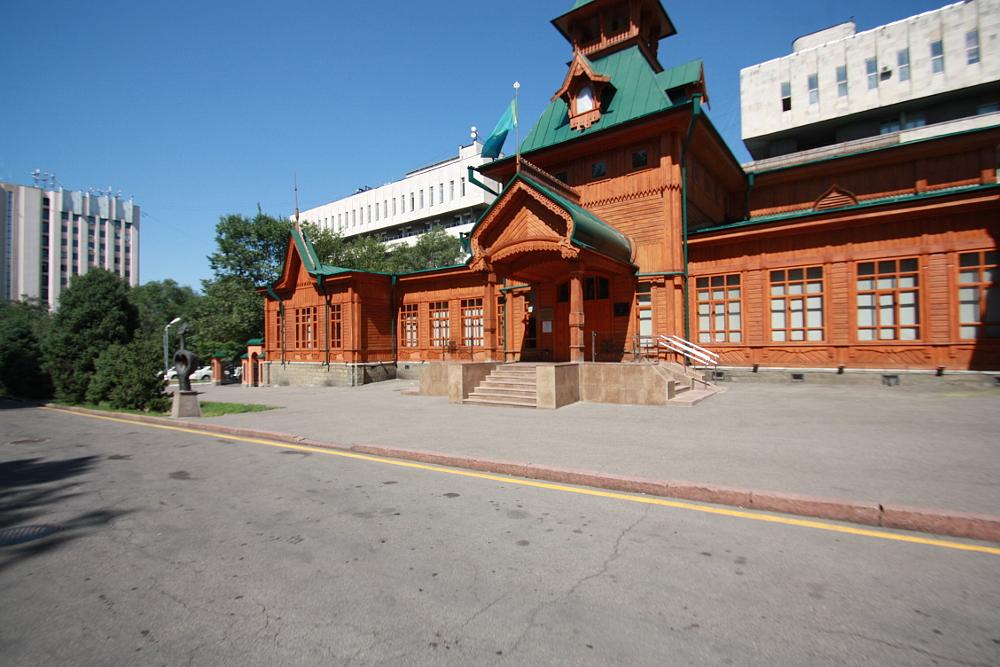 アルマトイ カザフ民族楽器博物館