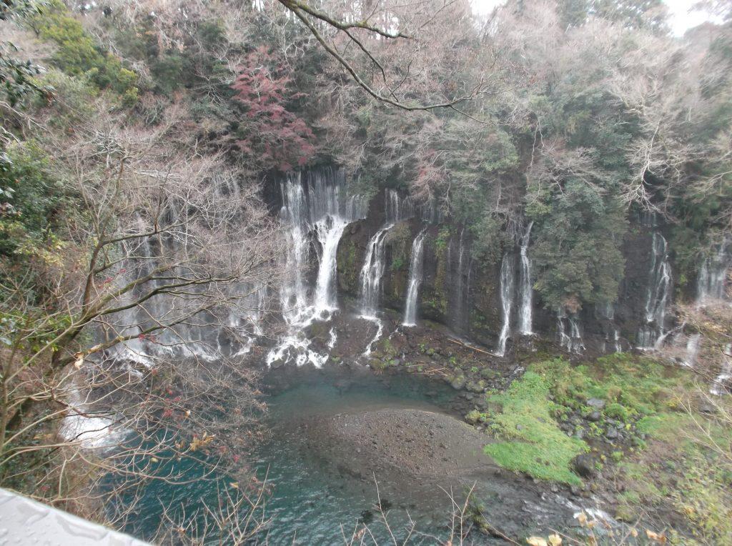 展望台から見た白糸の滝