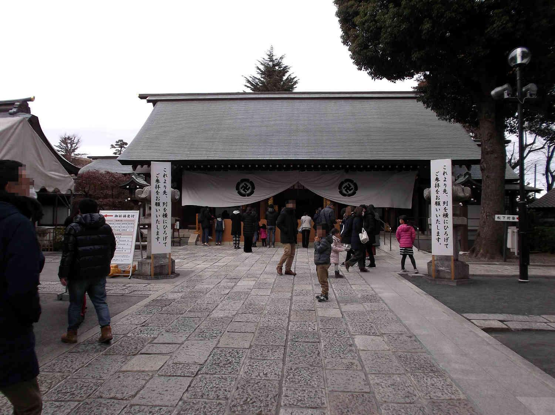 初詣 松陰神社の拝殿(社殿)