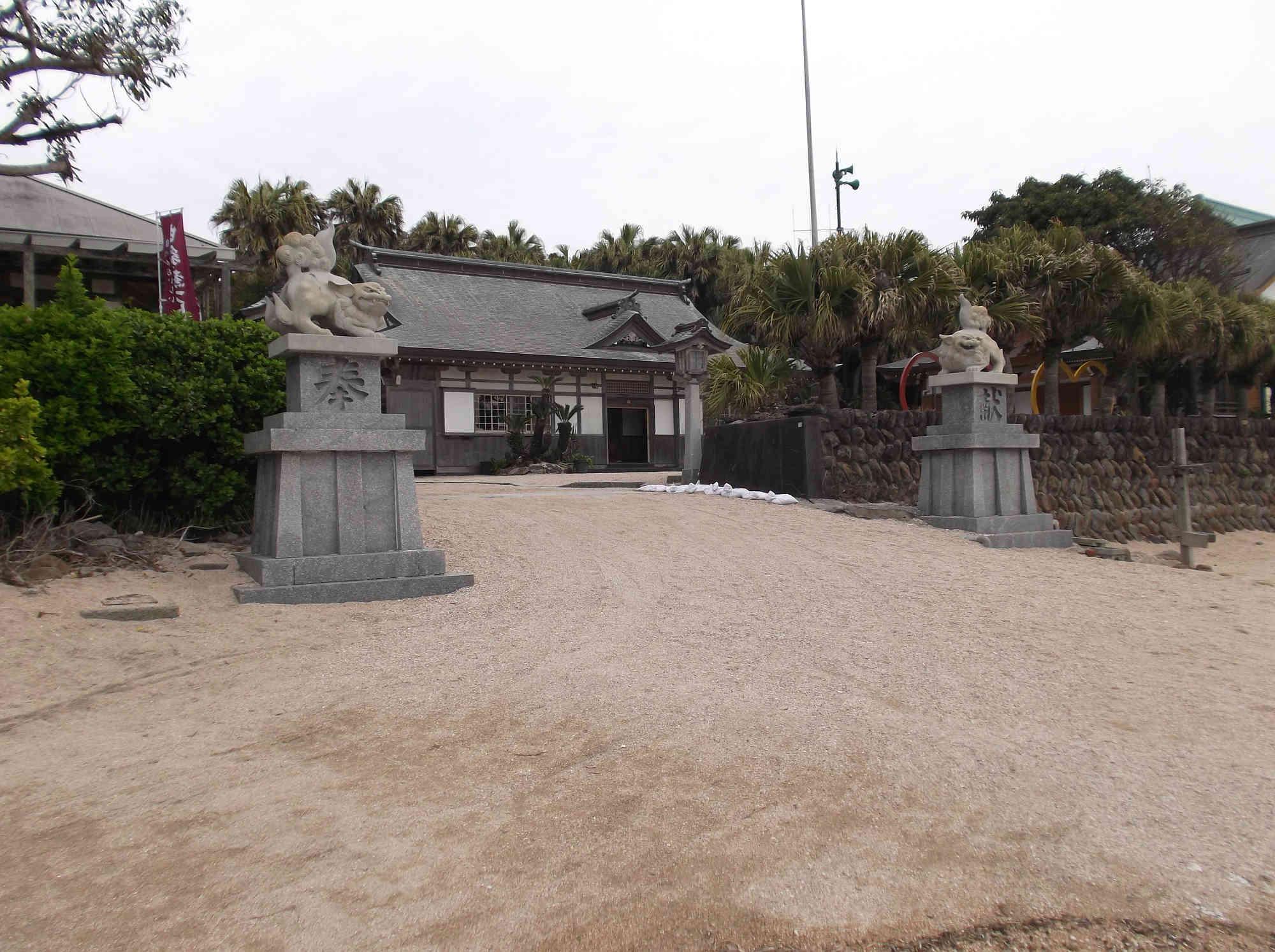 青島神社の狛犬様