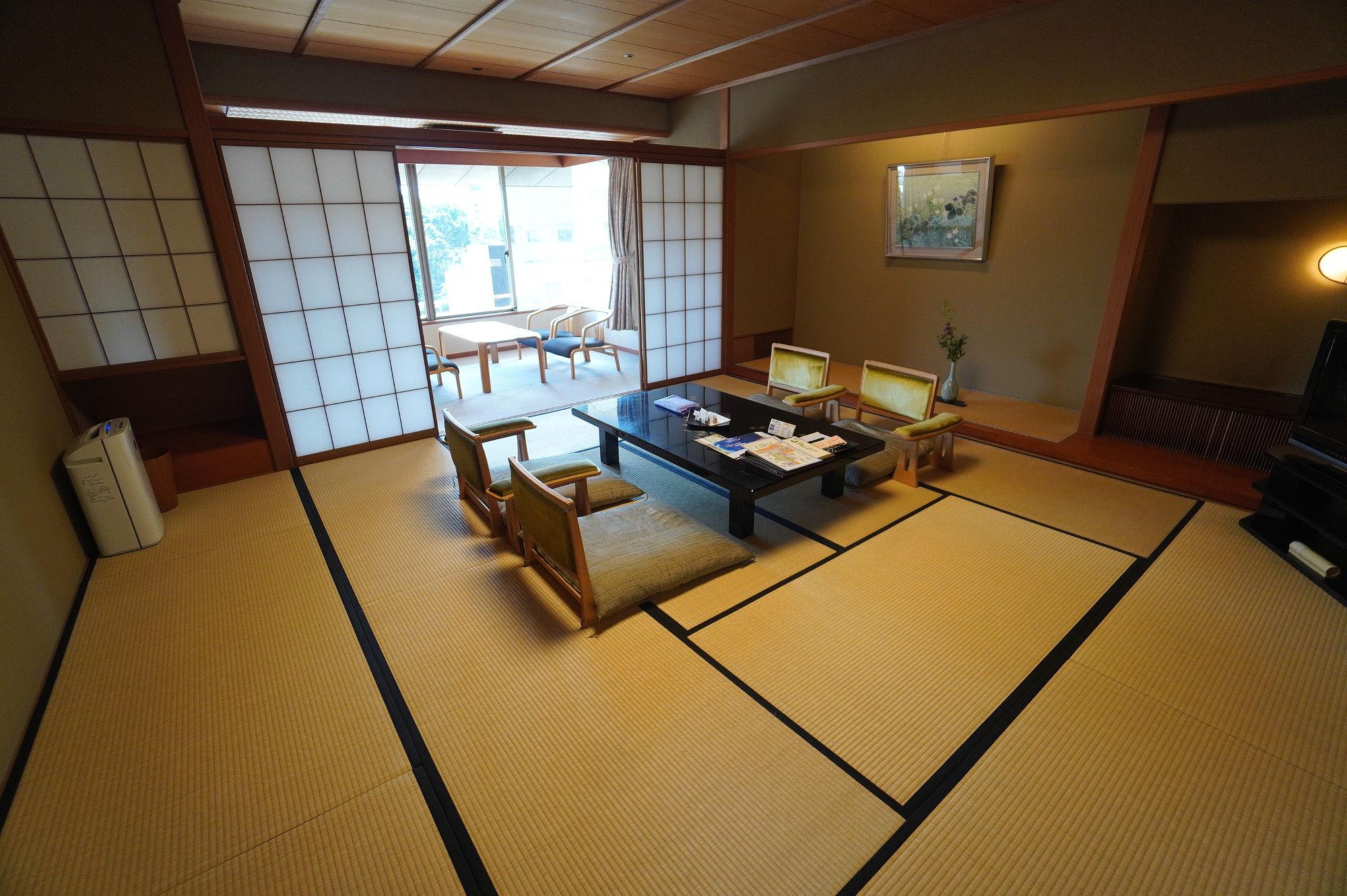 和倉温泉「加賀屋」の和室