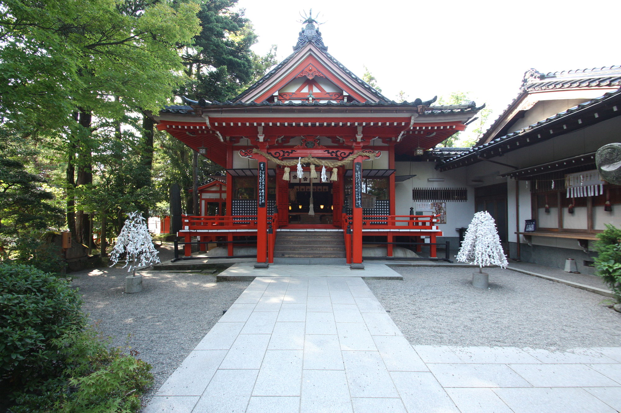 金澤神社の社殿(拝殿)