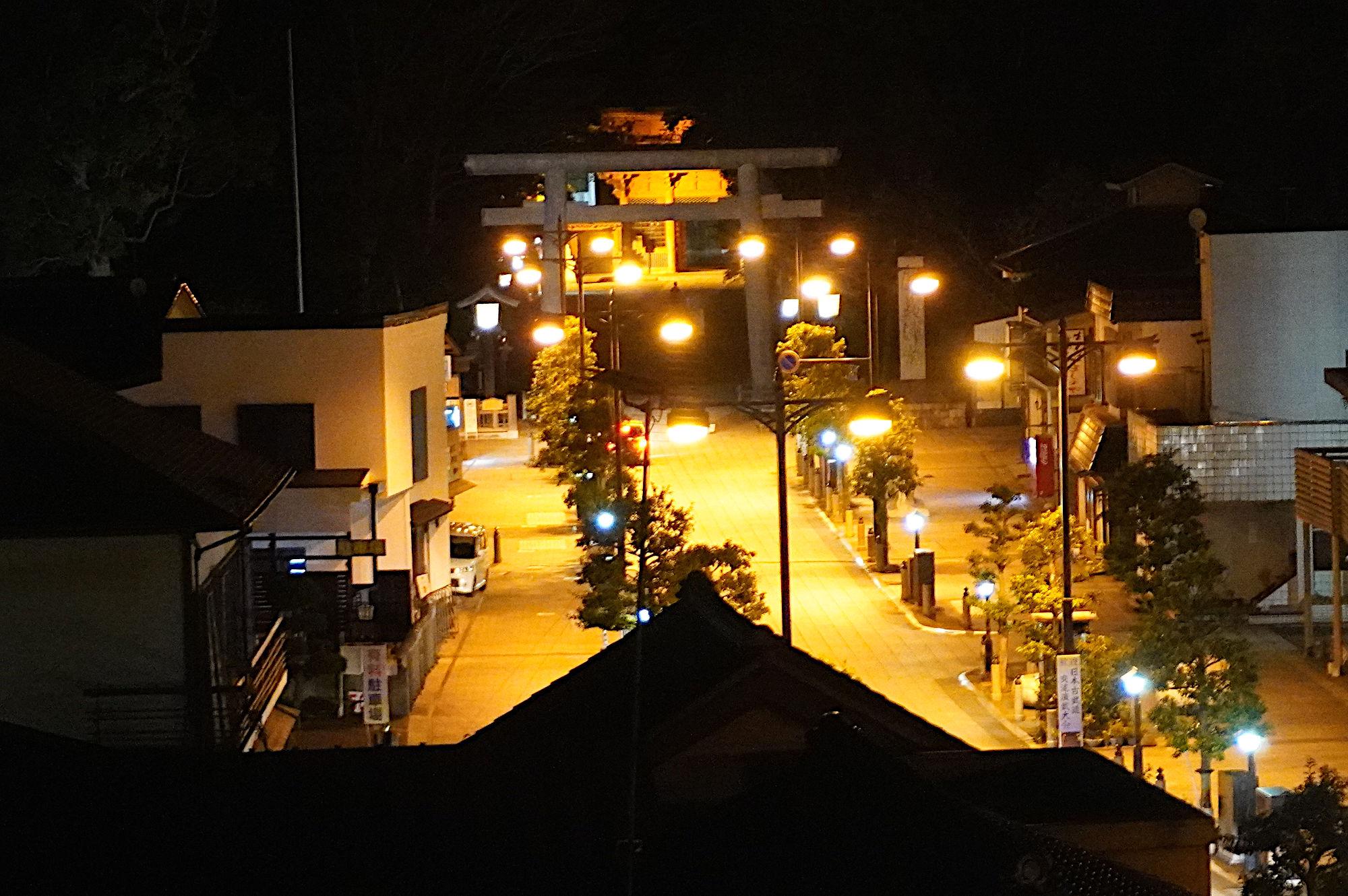 ホテル「がんけ」から見える鹿島神宮