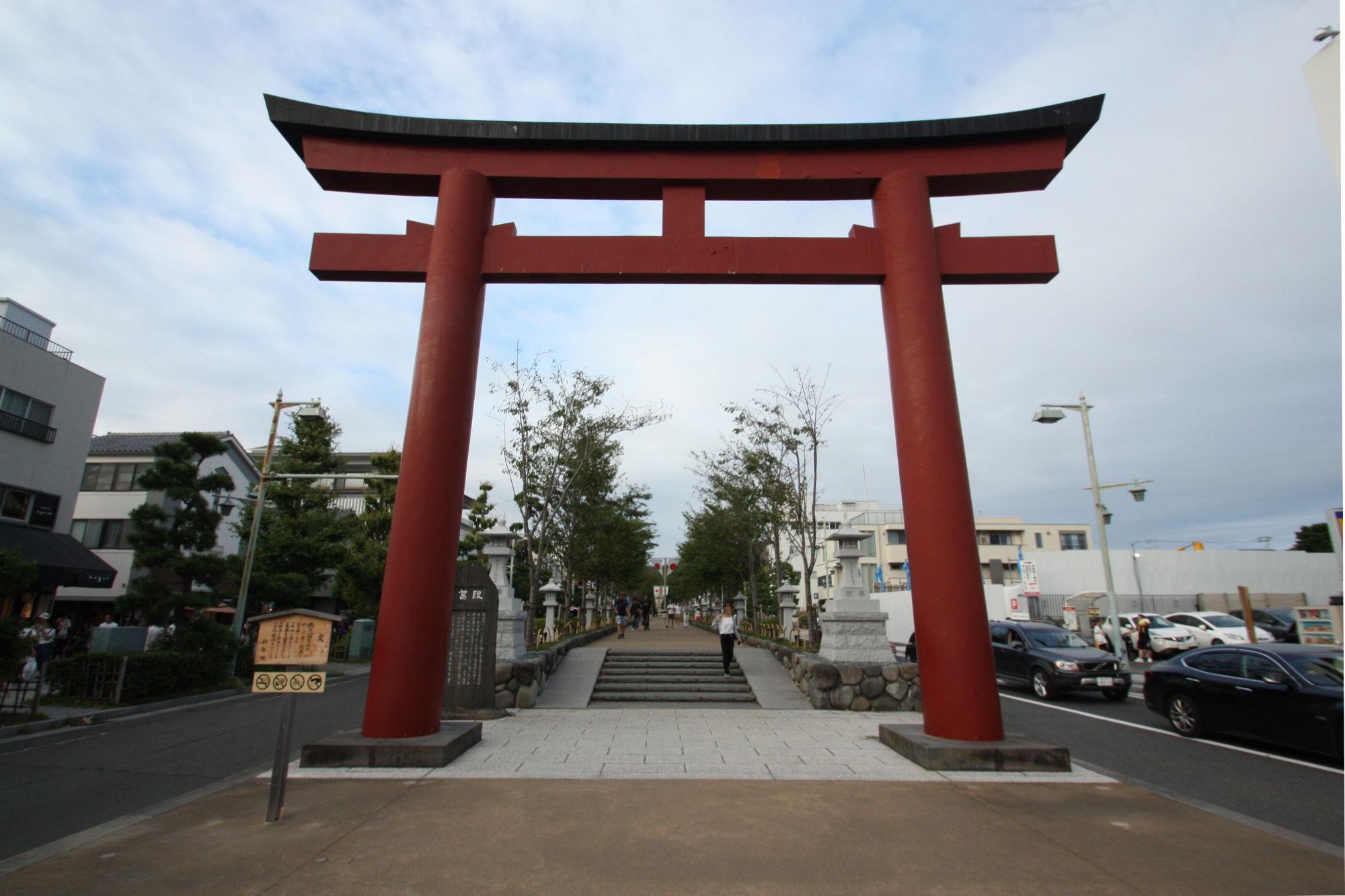 鶴岡八幡宮の「二の鳥居」
