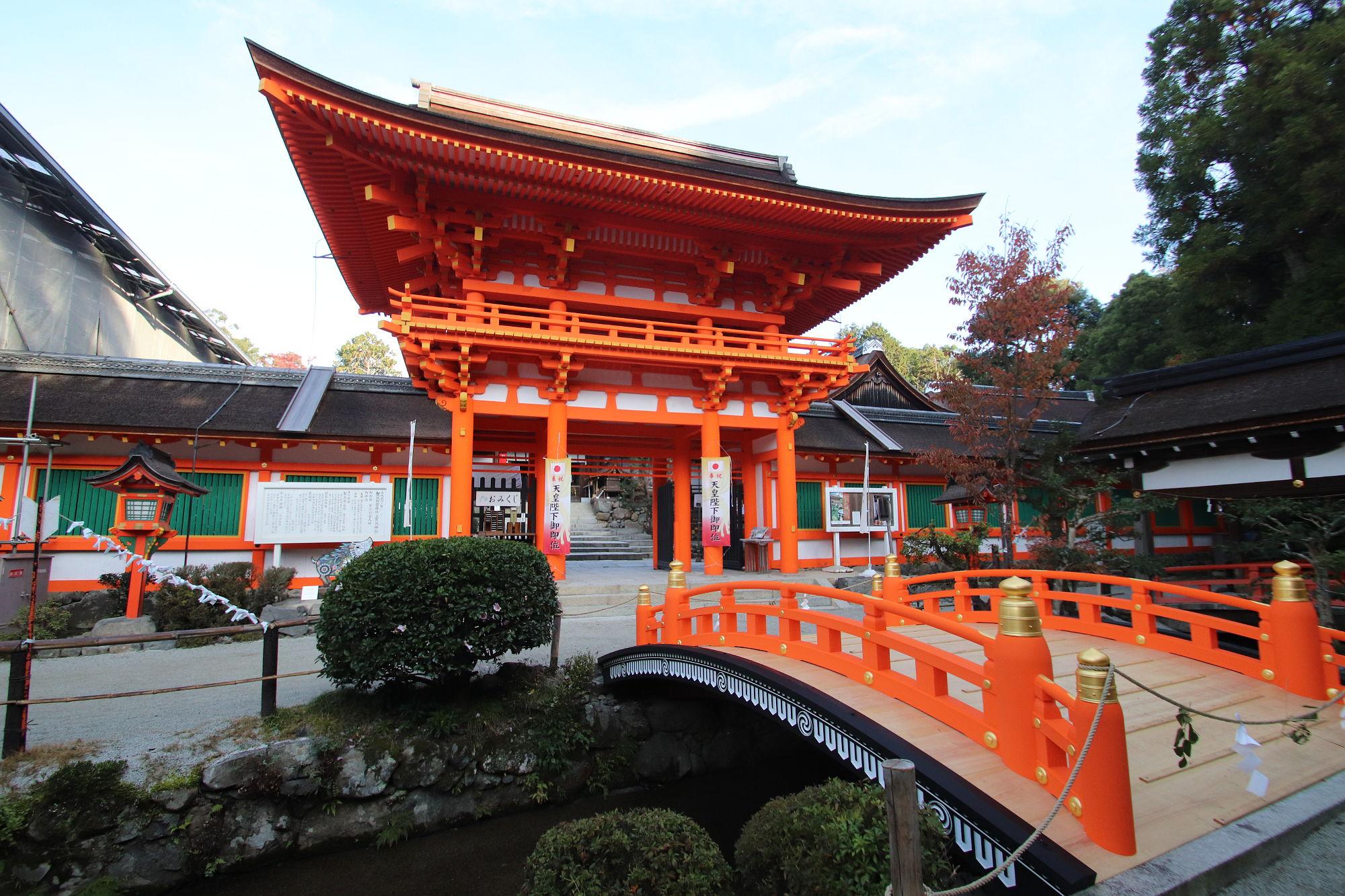 上賀茂神社の楼門