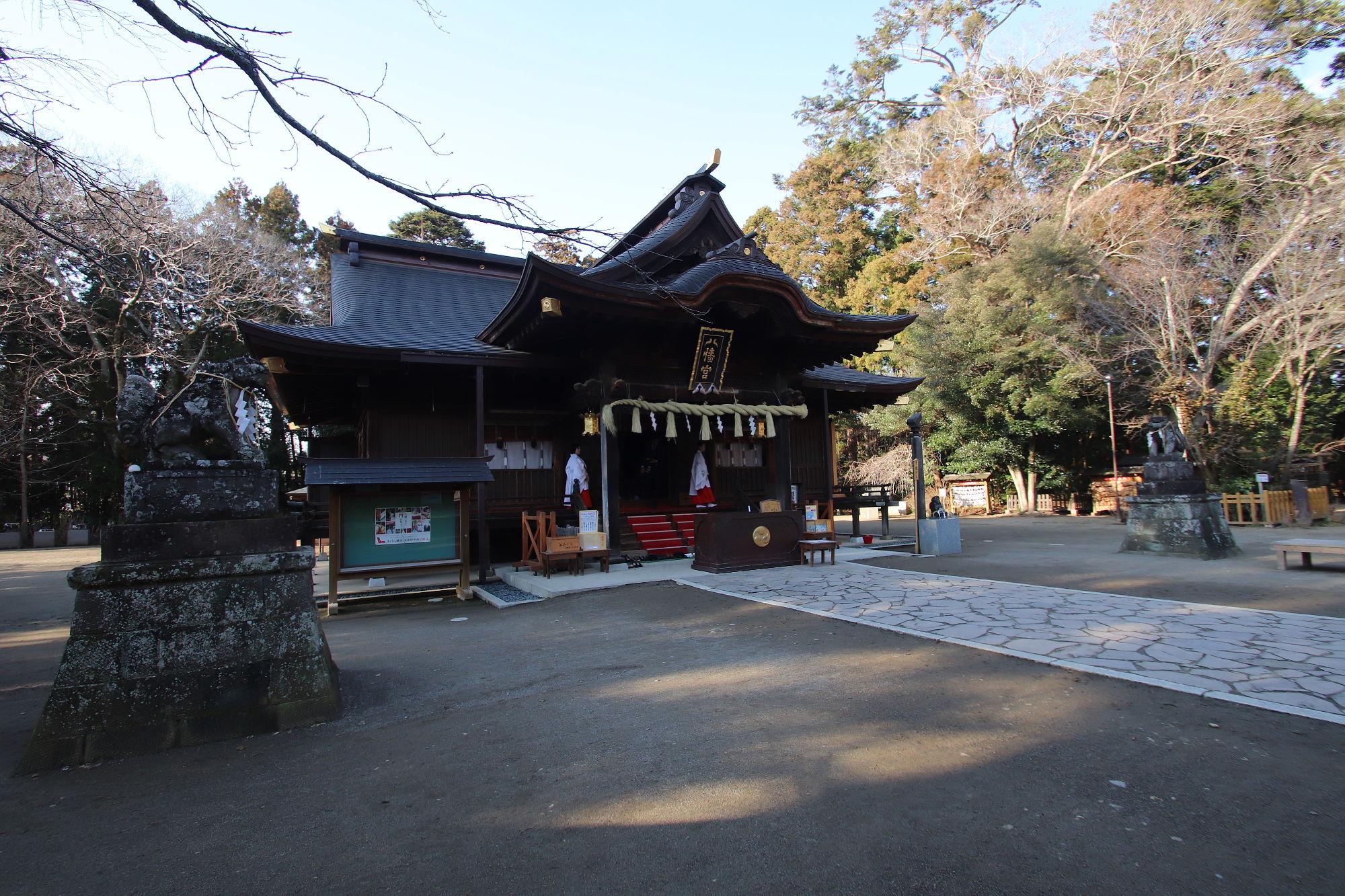 水戸八幡宮の拝殿