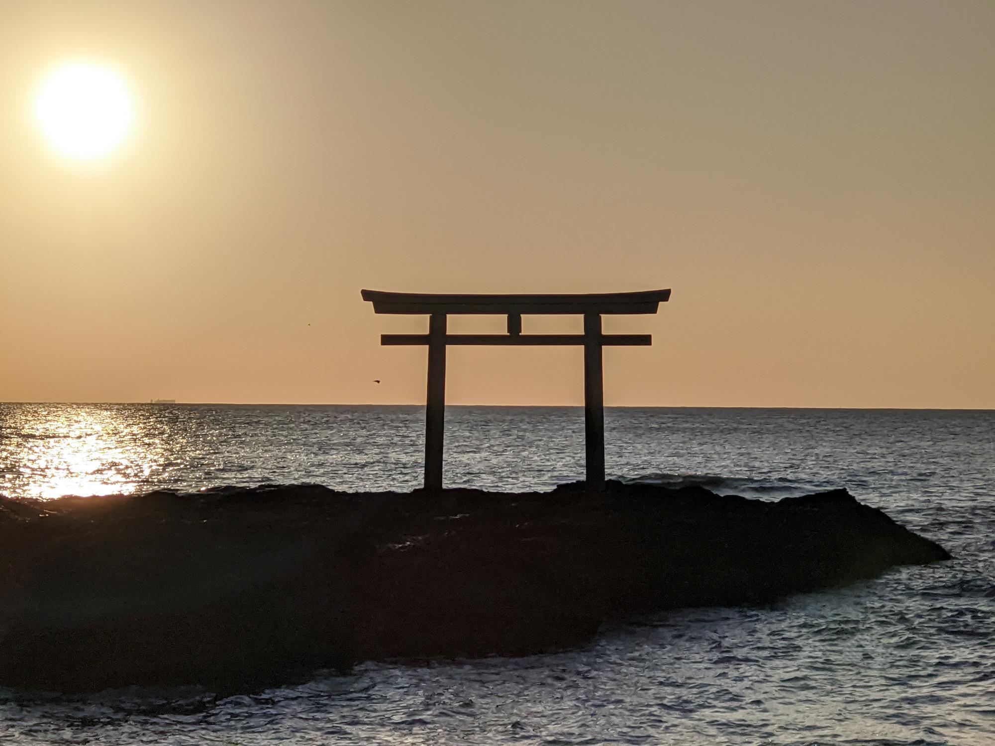 大洗磯前神社「海上の鳥居」